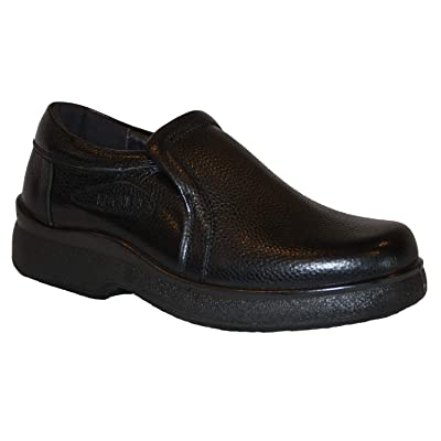 shoes for kitchen Men's Professional Nonslip Comfort Work Black Leather Slip on Shoe, Water and Oil Resistant (10): Shoes