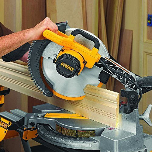 DEWALT Single-Bevel Miter Saw