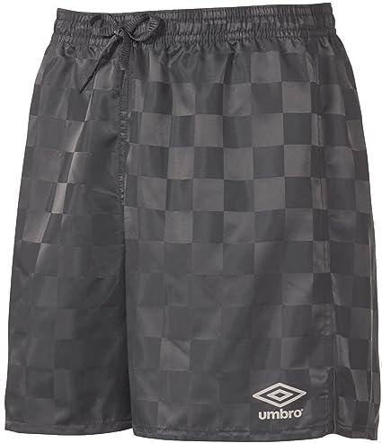 a928d51ddfa Amazon.com : Umbro Youth Rio Check Shorts : Sports & Outdoors