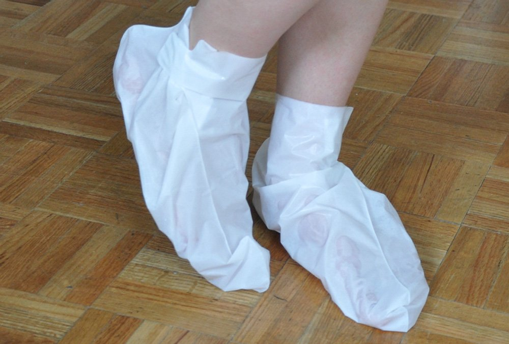 Dermapeel Exfoliating Foot Peeling Mask Feet Peel Mask Sheds Skin Calluses Feet-2Pair-4pcs by Dermapeel (Image #2)