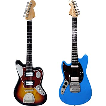 Miniatura Guitarra Replica Set: Kurt Cobain: Amazon.es: Instrumentos ...