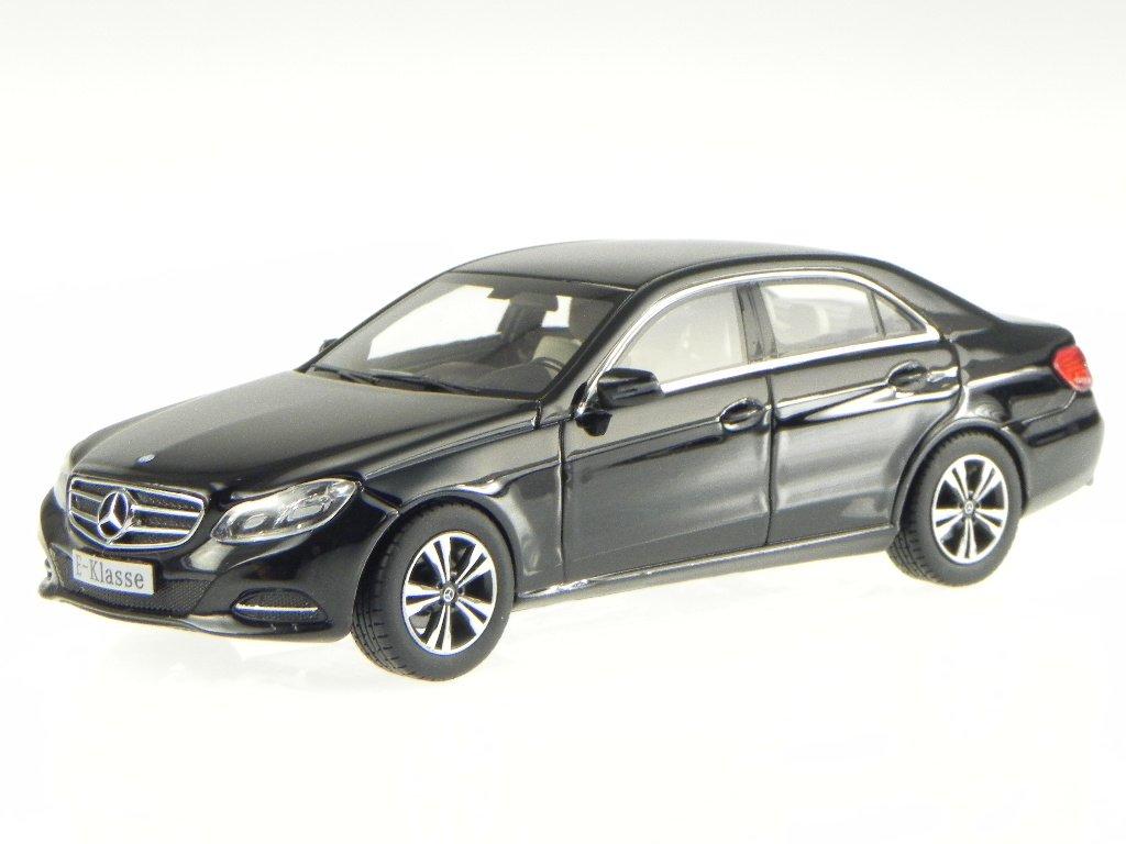 Mercedes W212 E-Klasse Avantgarde 2013 schwarz Modellauto iScale 1:43