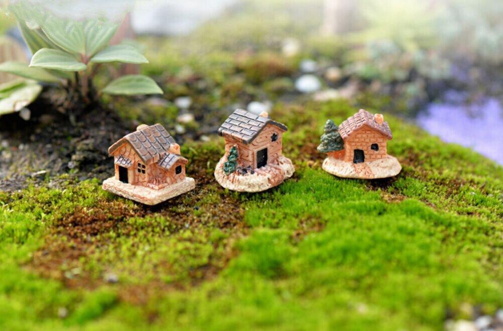 Susun 1Pcs Mini Resin Stone Miniature Fairy Garden Stone Village Cottage House for Garden and Patio Decoration