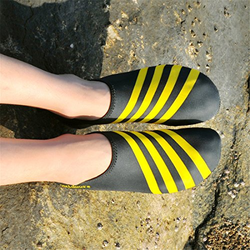 Wasser Schuhe Mens Womens Barefoot Beach Schwimmen leicht Quick dry Aqua Socken Anti-Rutsch Slip-on Pool Schuhe für Übung Yoga Gelb1