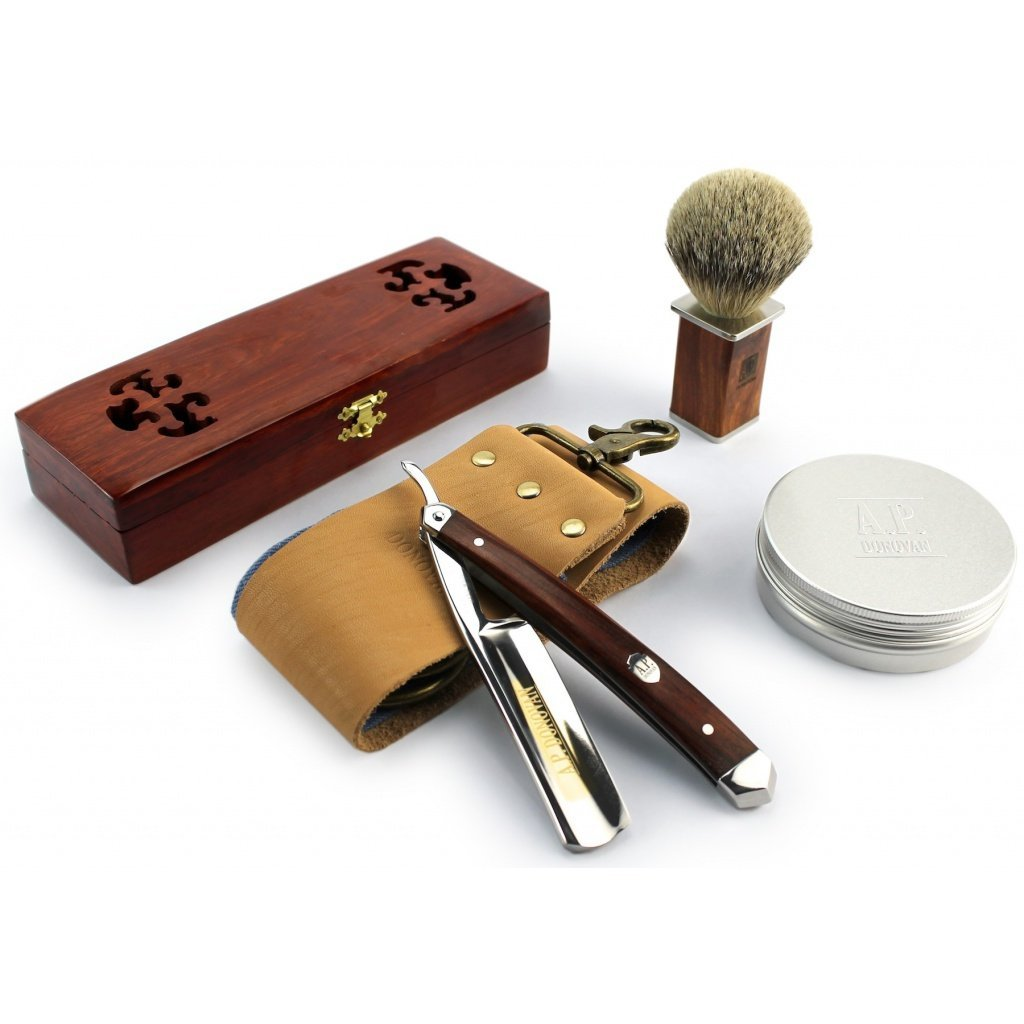 A.P. Donovan - Excellent 7/8'' Straight razor Set - cut throat incl. Brush, shaving soap, Strop (blade is not stainless) - Mahogany by A.P. Donovan