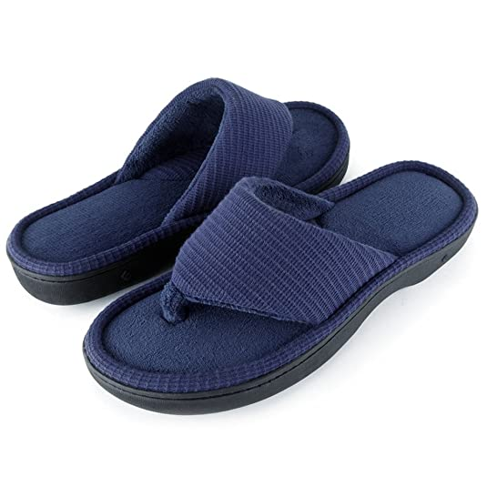 f82132ce158 Wishcotton Men s Classic Memory Foam Spa Thong House Shoes Fluffy Flip Flop  Slippers  Amazon.co.uk  Shoes   Bags