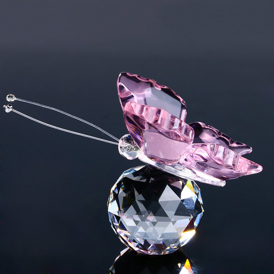 H/&D Pink Crystal Flying Butterfly with Crystal Ball Base Figurine Collection Cut Glass Ornament Statue Animal Collectible