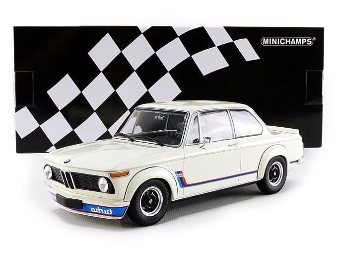 Amazon.com: BMW 2002 Turbo 1973 blanco escala 1: 18 ...