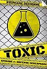 Toxic - Saison 1, tome 4 : Défense désespérée par Desienne