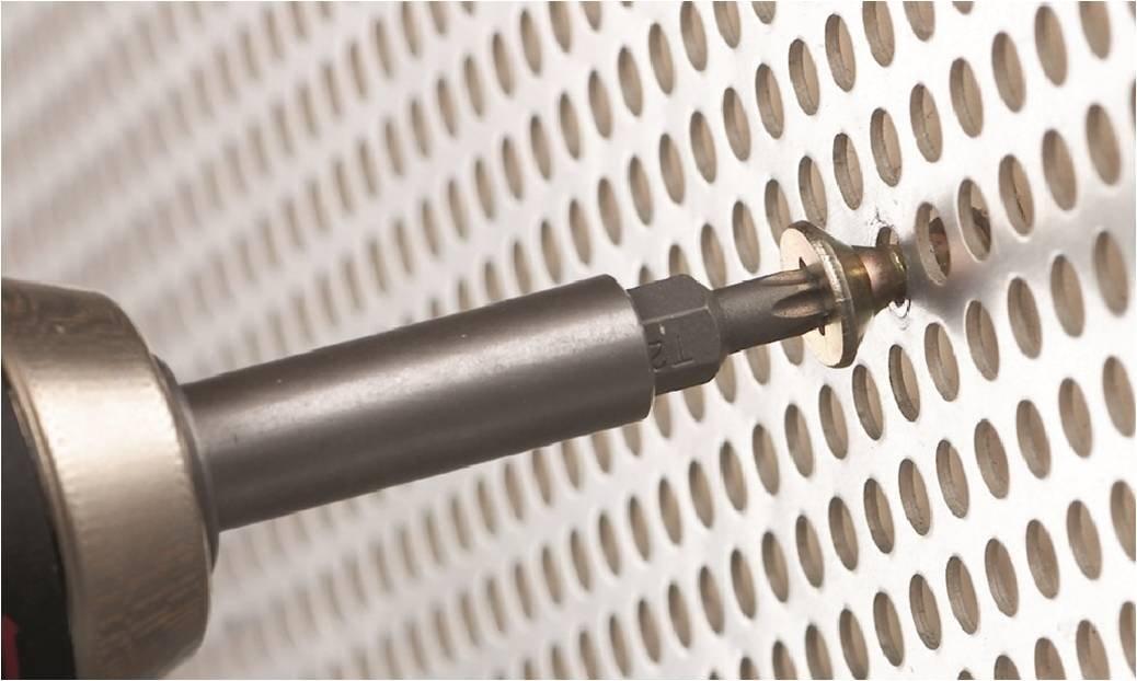Maletín X-Line de 103 unidades para taladrar y atornillar por solo 32,57€