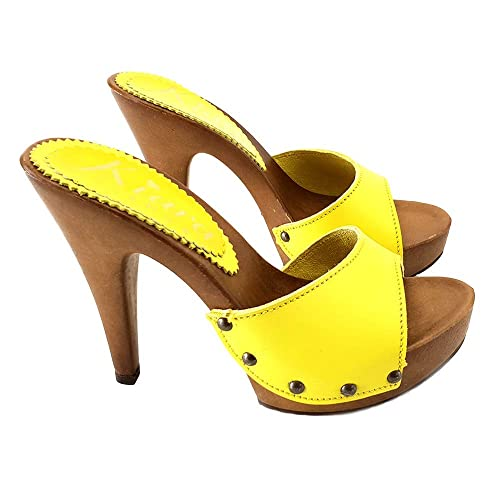 be9ad0c25b055 Yellow Leather Clogs - K213001_Giallo_Pelle: Amazon.co.uk: Shoes & Bags
