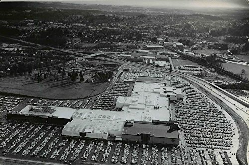 1974 Press Photo This aerial photograph of the Washington Square shopping - Square Center Shopping Washington