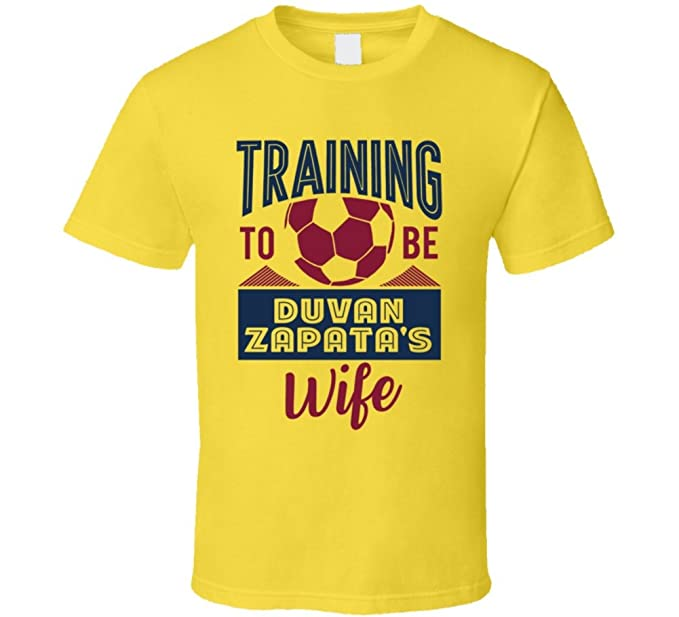 27ee69ba2bb Amazon.com  Duvan Zapata Training to Be Wife Colombia World Cup 2018  Football Fan T Shirt  Clothing