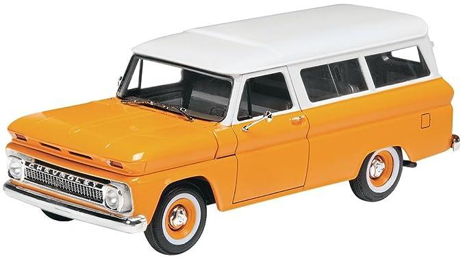 amazon com revell trucks \u002766 chevy suburban plastic model kit toys Chevy Suburban Toy eBay image unavailable