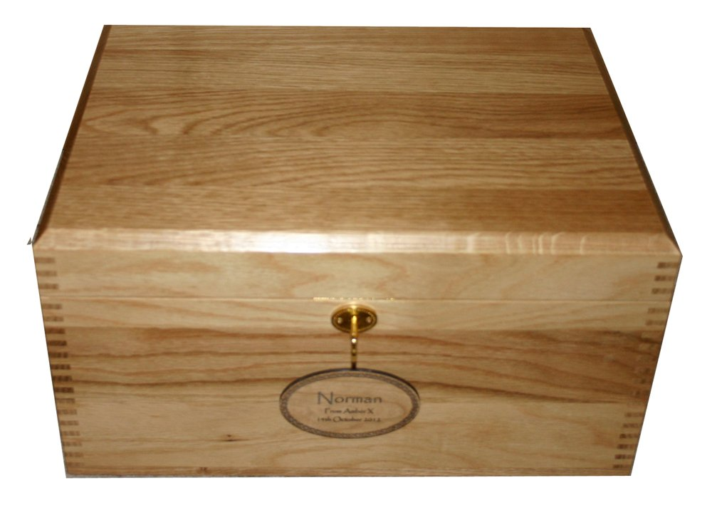 lockable solid oak large wooden keepsake or memory storage boxes with small mortice lock and wood engraved nameplate made in the uk gifts