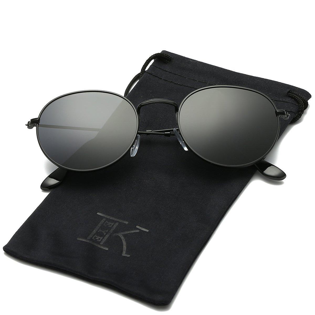 ada7b86be3d0 Amazon.com  LKEYE Small Unisex Classic Vintage Round Mirror Lens Polarized  Sunglasses LK1702 3447 Black Frame Gray Lens  Clothing