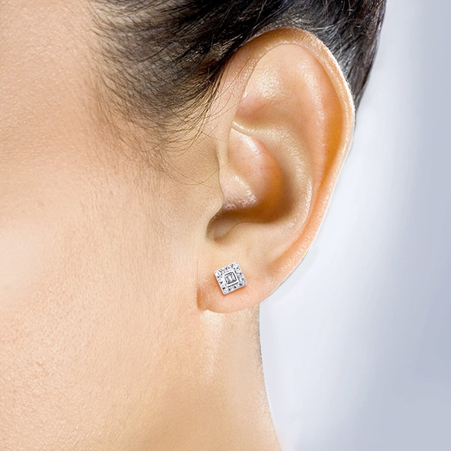 Amazon Round and Baguette Diamond Stud Earrings 1 5 Carat