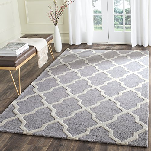 Safavieh Cambridge Collection CAM121D Handmade Moroccan Geometric Silver and Ivory Premium Wool Area Rug (6′ x 9′)
