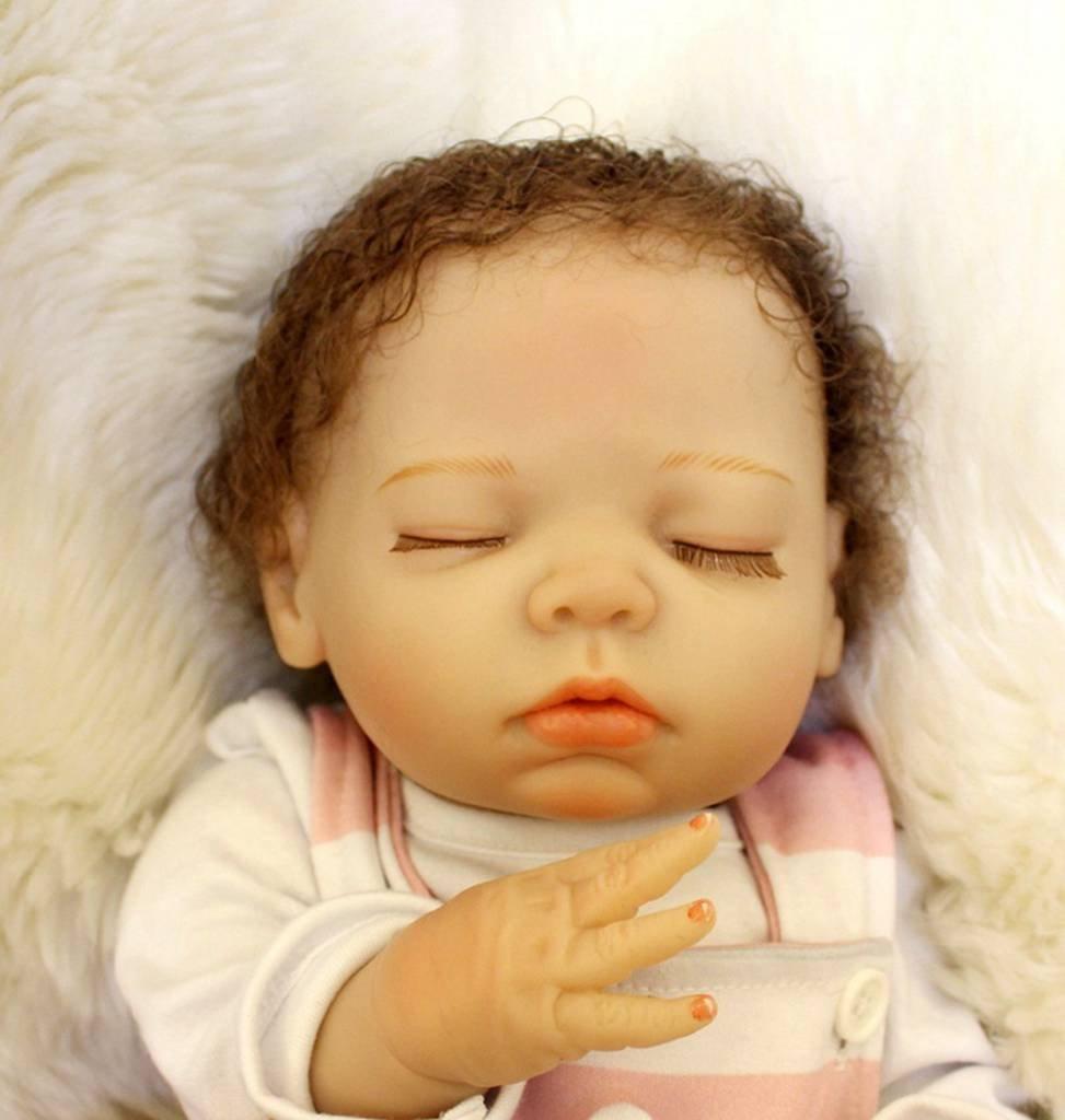 Amazon.com: Reborn bebé muñeca silicona dormir ojos recién ...