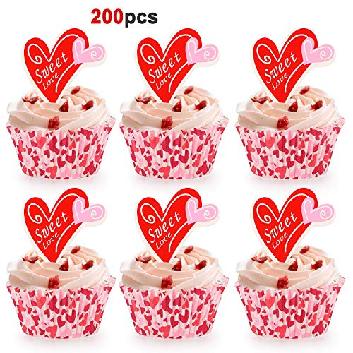 Konsait 200pcs Red Heart Baking Cups/Liners with Cupcake Picks,Valentines Cupcake Wrappers and Toppers, Valentines Baking Cups,Red Cupcake Liners Cases Party Accessories for Valentine's Day Decoration