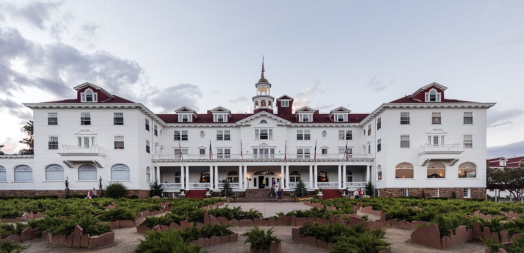 24 x 36 Giclee Print ofÊThe Stanley Hotel in Estes Park a Town on The Eastern Edge of Rocky Mountain National Park in North-Central Colorado r33 42210 by Highsmith, Carol M,