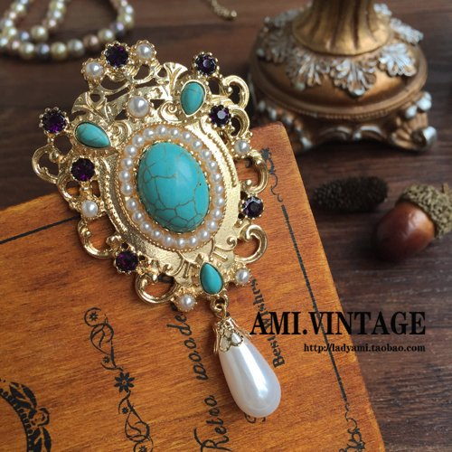 - Natural real stone European retro court style brooch pin pearl brooch pin hollow carved turquoise blue retention money
