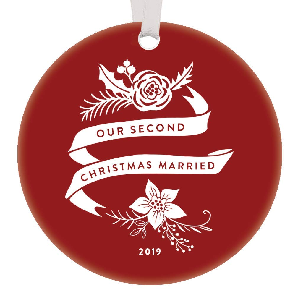 Second Christmas Married 2019 Ornament Two Years Husband Wife Spouse Gift Idea 2nd Holiday Mr /& Mrs Anniversary Keepsake Present Pretty Red Boho Floral 3 Ceramic Flat Circle Hanging Tree Decoration