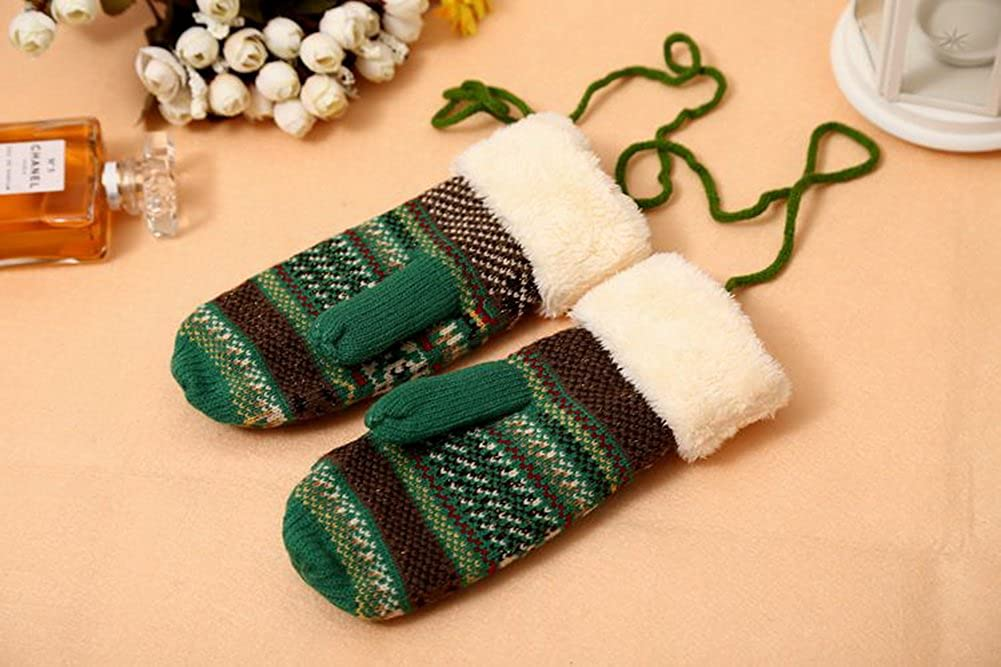 PANDA SUPERSTORE Warm Thick Knitted Gloves Ski//Climbing//Camping Gloves Green