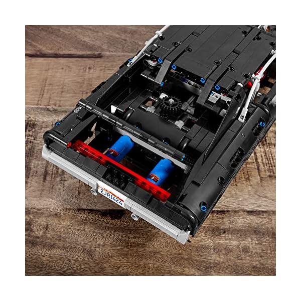 LEGO Technic Dom's Dodge Charger per Ricreare le Scene di Fast and Furious, Avventure ad Alta Velocità, Idea Regalo per… 7 spesavip