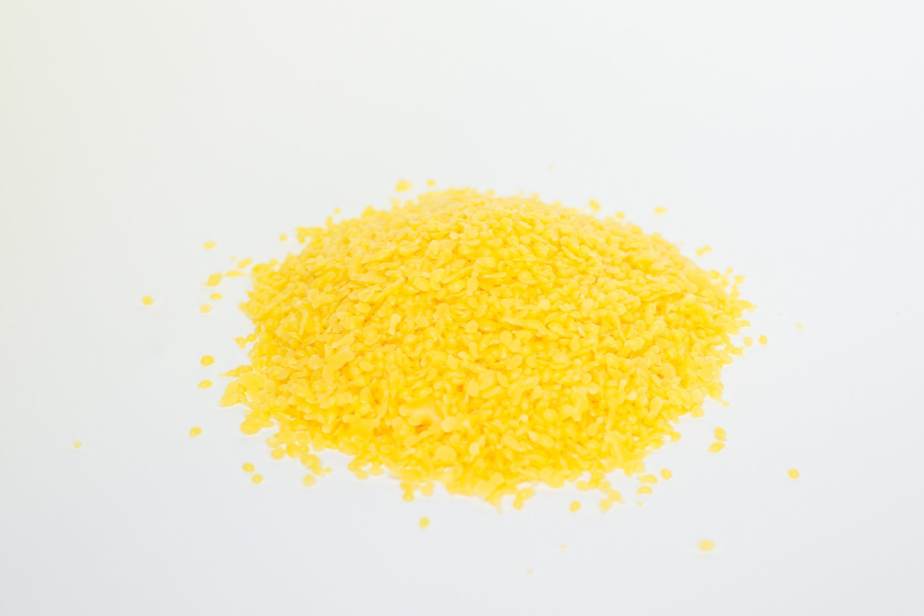 100% Pure Yellow easy to use Beeswax Wax Pellets by Candlewic. Premium Quality, cosmetic grade beeswax that is perfect for your lip balm balms, body lotions, creams and candle making. (10lb. Bag)