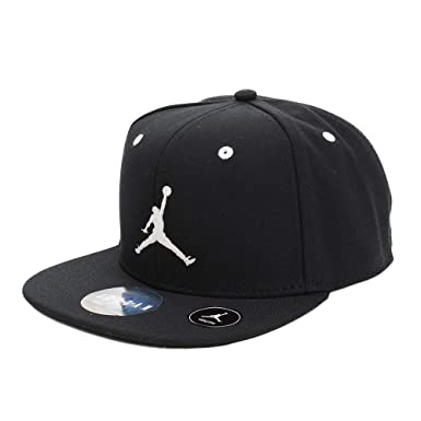 94efa2a73ad553 Amazon.com  NIKE Jordan Boys  Jumpman Snapback Hat (Youth 8-20 ...