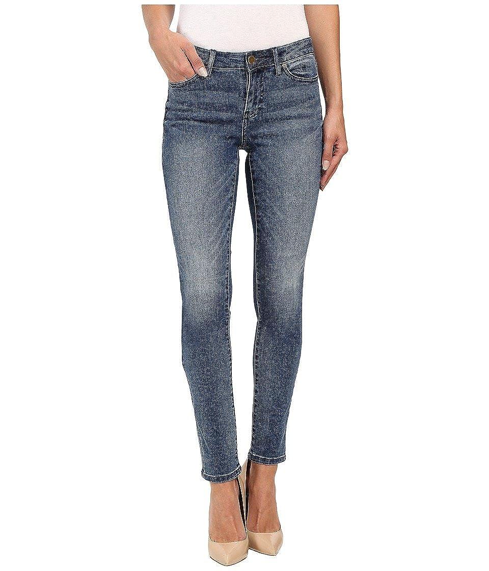 Calvin Klein Jeans Women's Ultimate Skinny Jean 92YA729