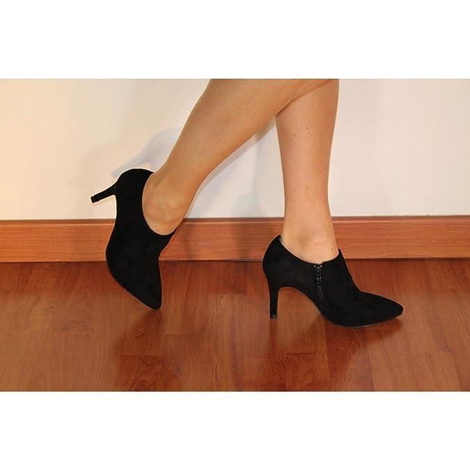 a3ba412c58d1c ChaussMoi Bottines Basses Noires Pointues à Talon Fins de 9cm Look Daim  Pointues  Amazon.fr  Chaussures et Sacs