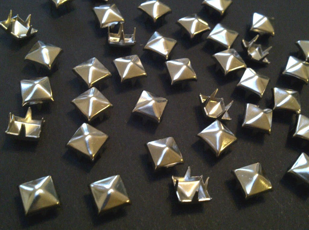 CraftbuddyUS 100 X 5mm Silver Square Pyramid Craft Studs, Fashion Embellishment for Bag Shoe Crystal & Gems