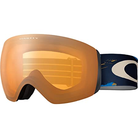 Color photo with Oakley OO7064-31