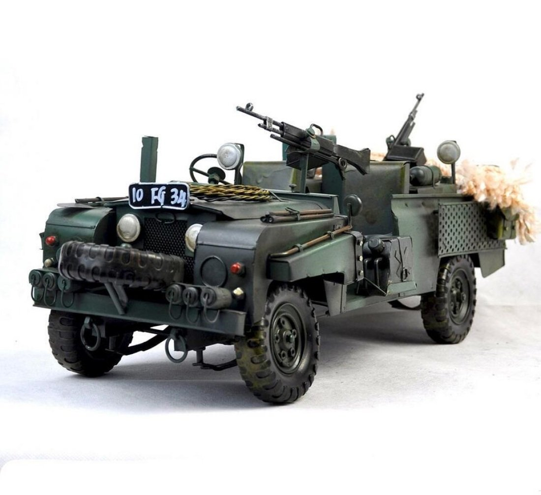 GL&G Manual Retro Iron art military vehicle model Home decoration Creative Crafts Tabletop Scenes Ornaments Collectible Vehicles Keepsakes High-end gift,371624cm