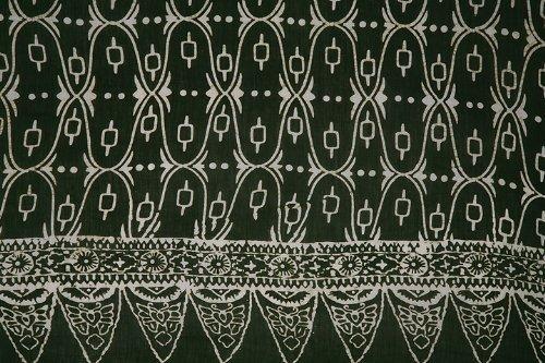 Sarong, Traditional - Dark Green and White