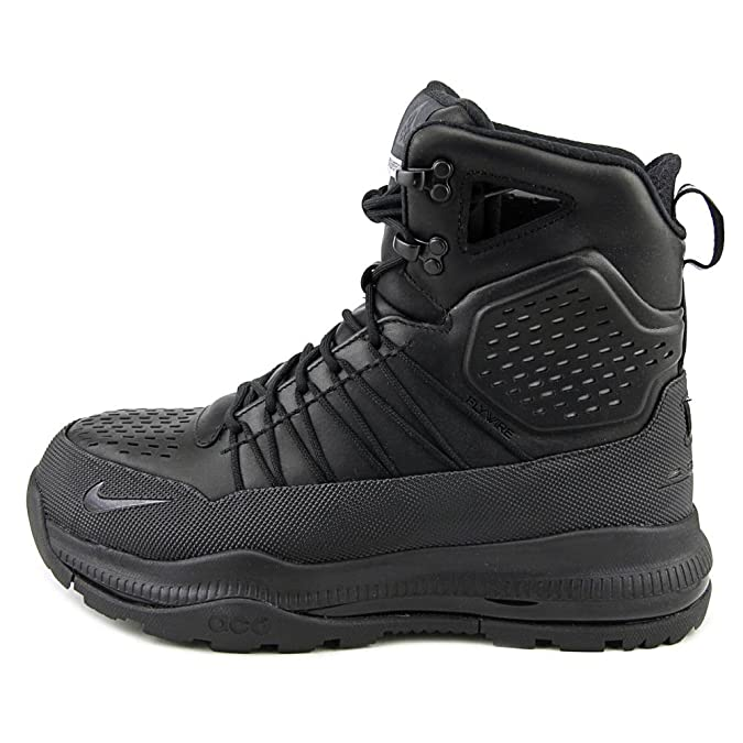 Amazon.com  Nike ACG Zoom Superdome Black 3M Boots Sneakers  Shoes 2b7dea410