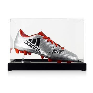 exclusivememorabilia.com Bota de fútbol firmada por Luis Suárez. En vitrina: Amazon.es: Deportes y aire libre