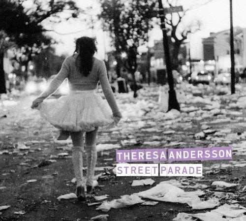 Street Parade (Theresa Music Box)