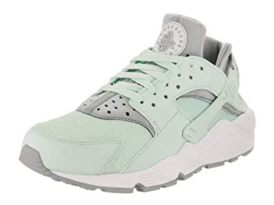super popular 40009 e1ded Nike Womens Air Huarache Run Ultra Low Top Lace, IglooWolf GreyWhite