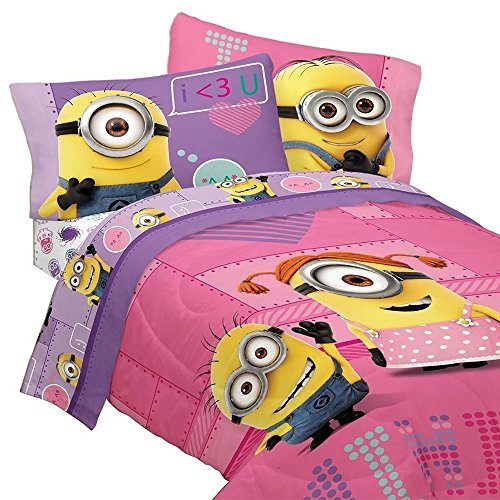 Despicable Me 5pc Full Comforter and Sheet Set Bedding Collection, Pink