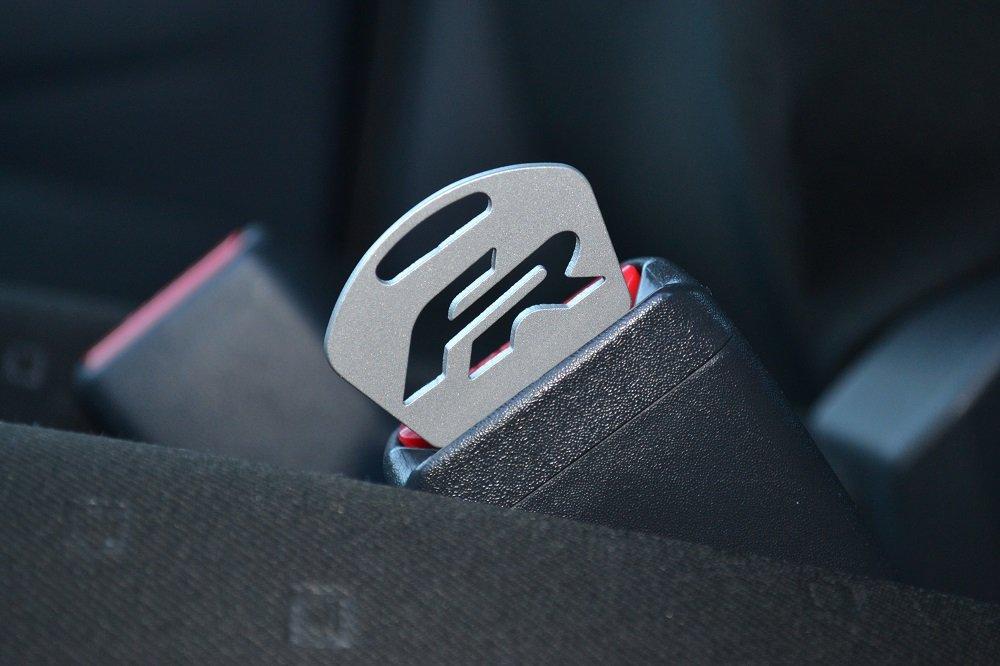 Por Coco Seat Leon FR de Luxe - Llavero Cinturón Adaptador ...