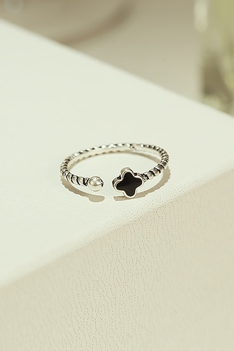 Generic The new Korean fashion style popular in Europe and America delicate silver rings hollow temperament flowers retro women girls lady index finger ring
