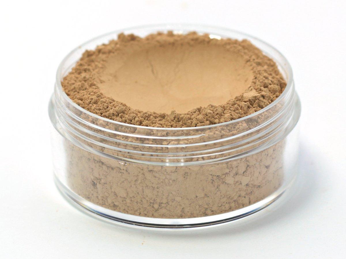 Vegan Mineral Wonder Powder Foundation - Shade ''Caramel'' medium with yellow undertone