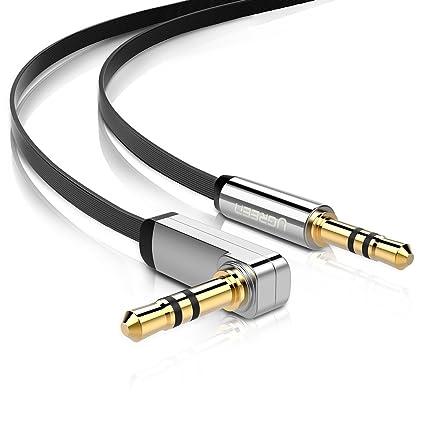UGREEN Aux Kabel Auto Handy Klinkenkabel 90 Grad Gewinkelt Audio Kabel Klinke 3,5mm auf 3,5mm Flach für Kopfhörer, MP3, Stereoanlage, iPhone 7, Auto