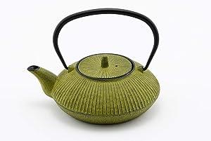 Hinomaru Collection Artisan Workshop Japanese Tetsubin Tea Kettle Cast Iron Teapot with Stainless Steel Infuser Green 20 oz