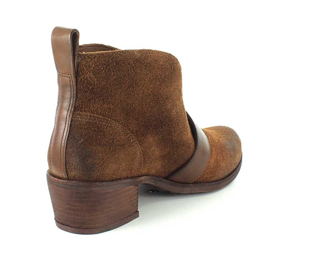 8d774f7c450 UGG Australia Womens Wright Belted Boot