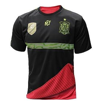 8fcc1f275c70b Selección española de fútbol. Camiseta oficial reversible. 2 en 1. (S)   Amazon.es  Deportes y aire libre