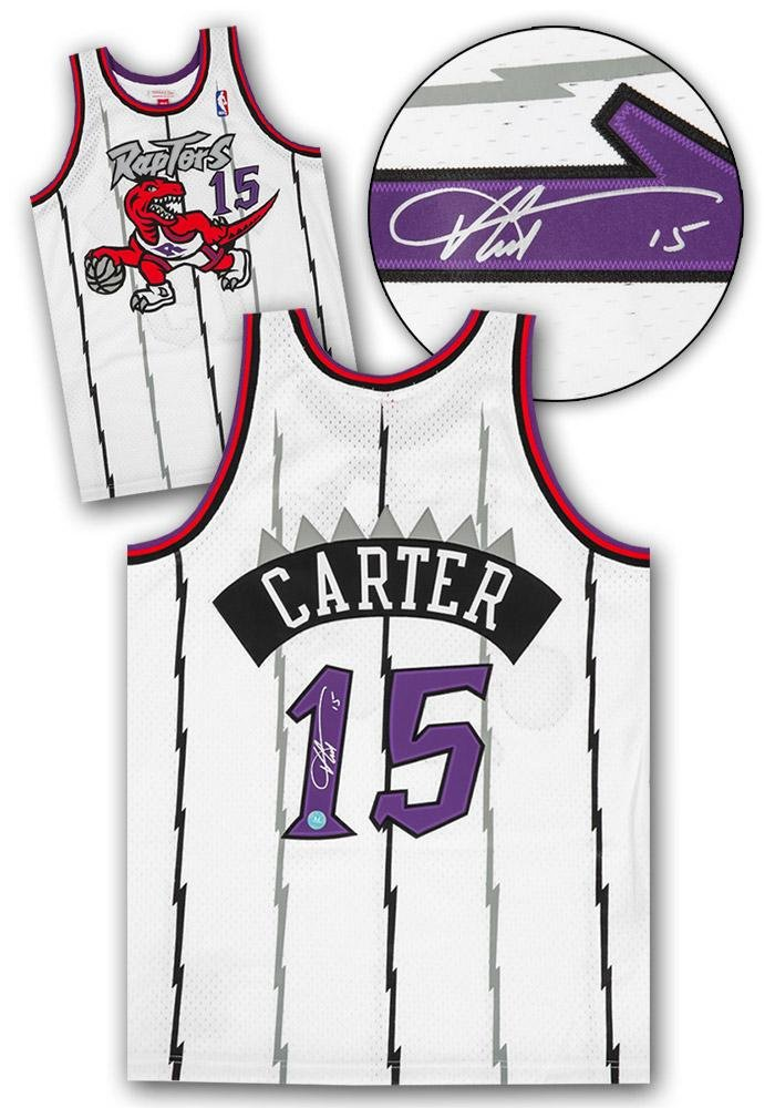 829edf100af Autographed Vince Carter Jersey - Mitchell   Ness Retro - Autographed NBA  Jerseys at Amazon s Sports Collectibles Store